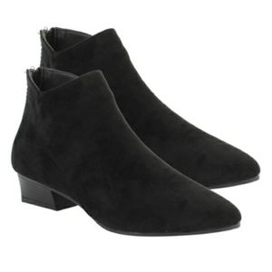 NWOT Seven7 Brand Kelsey Booties Size 7